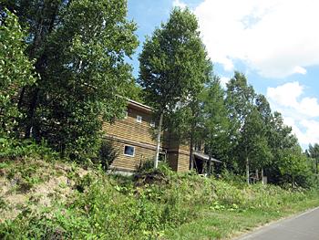 夏場の建物